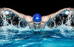 depositphotos 40275659 stock photo muscular young man in blue